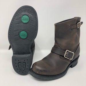 FRYE Boots Engineer 8R women's boots Dark Brown.